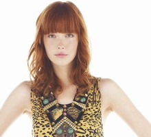 Choose the right fringe for your face shape