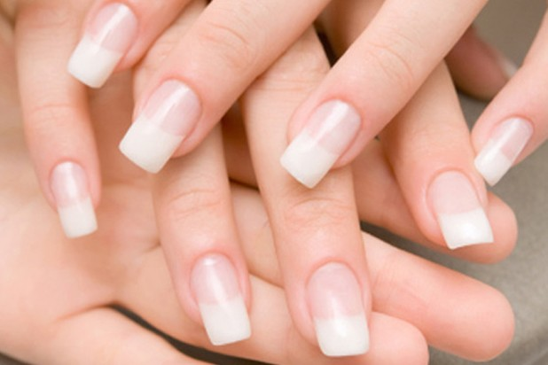 Gel Nails vs Acrylic Nails: Which is Better?