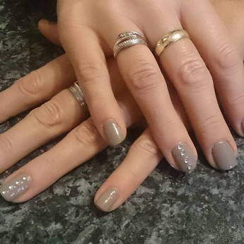 Gel Nail Salons UK | PamperPad | PamperPad